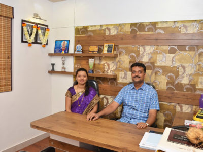 Doctors in consulting room